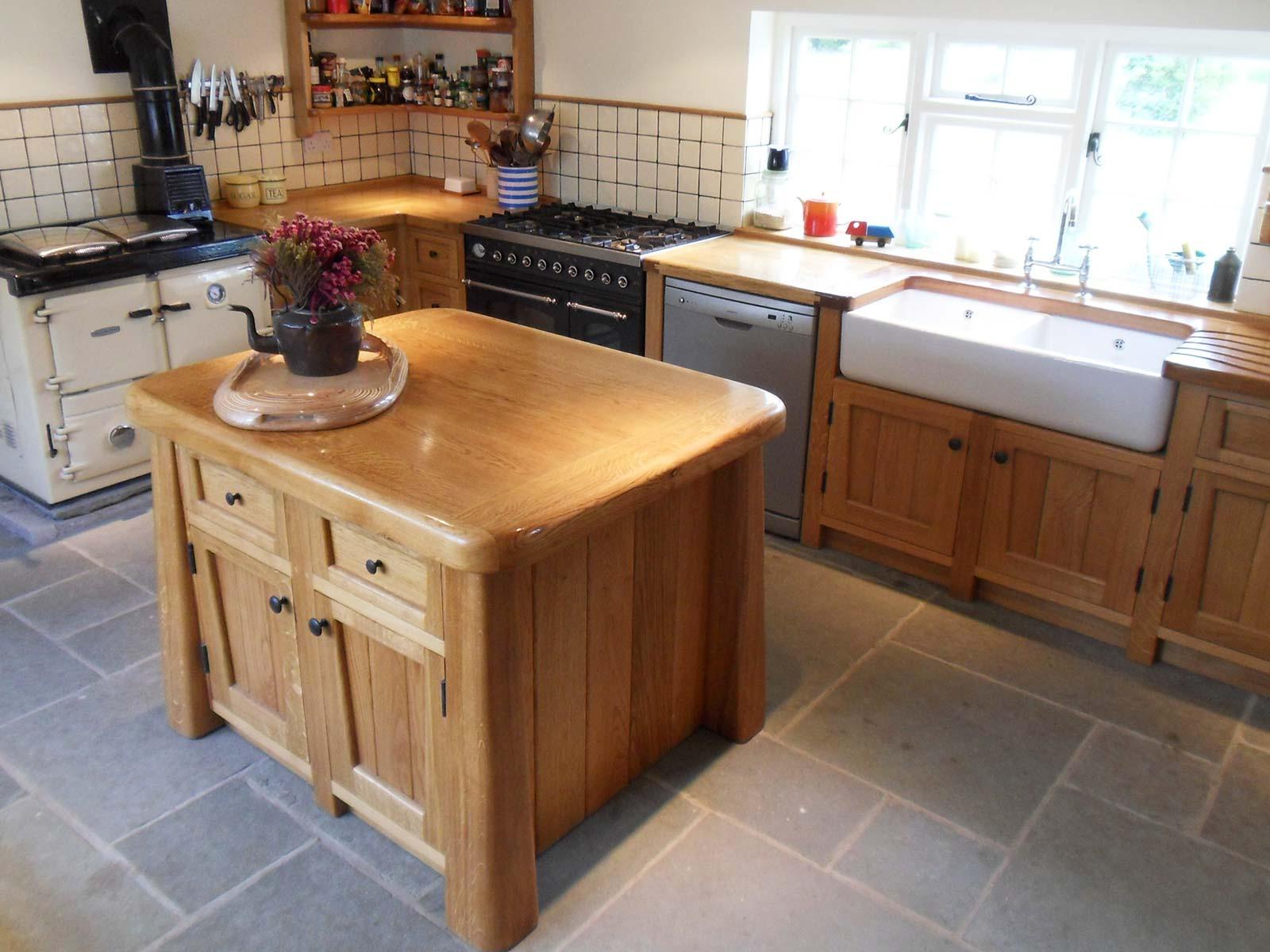 Kitchens. Bespoke Wooden Kitchen